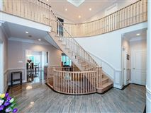 Magnificent mansion located in Bayview Hill luxury properties