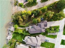 Custom four-season retreat mansions