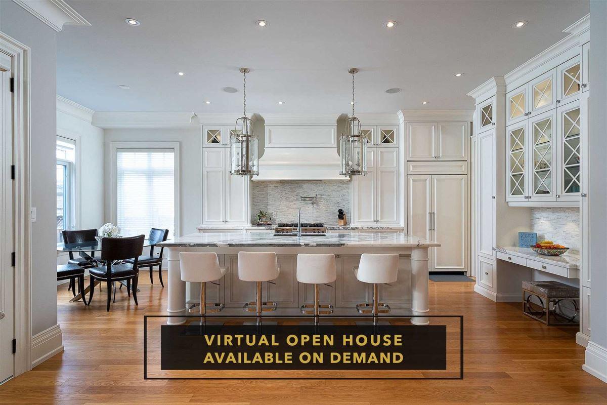 Luxury real estate Hamptons-inspired custom residence in Port Credit