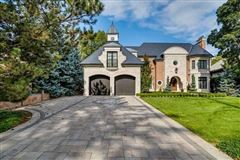 Luxury real estate striking Etobicoke luxury residence