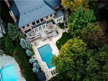 Luxury properties striking Etobicoke luxury residence