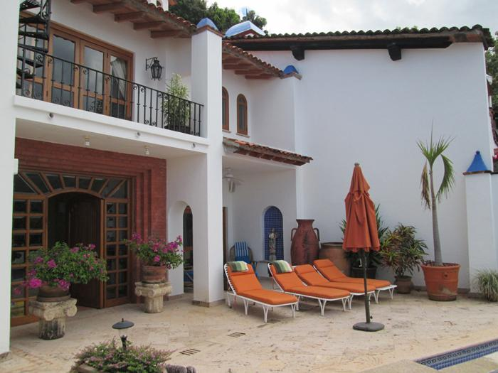 Casa De Oro luxury real estate