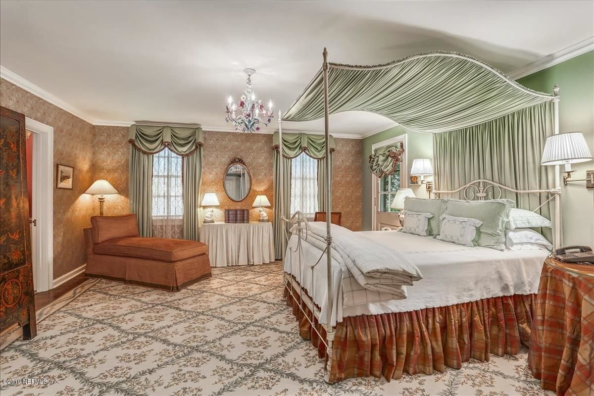 stately Georgian revival luxury homes