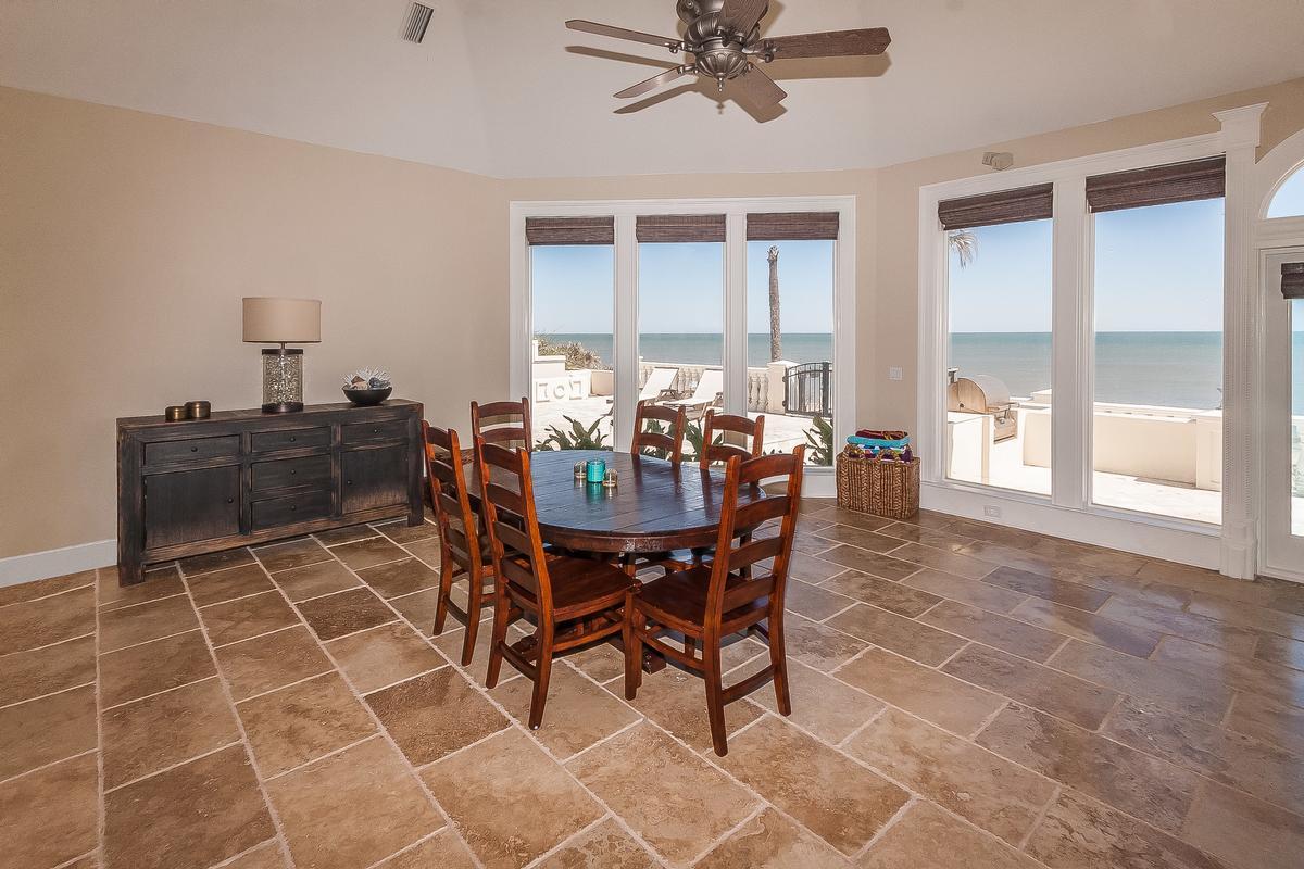 Timelessly elegant oceanfront estate luxury homes