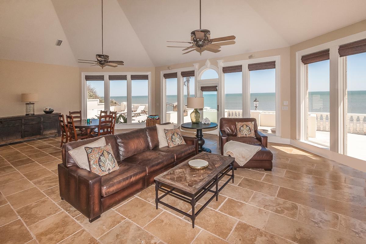 Luxury properties Timelessly elegant oceanfront estate
