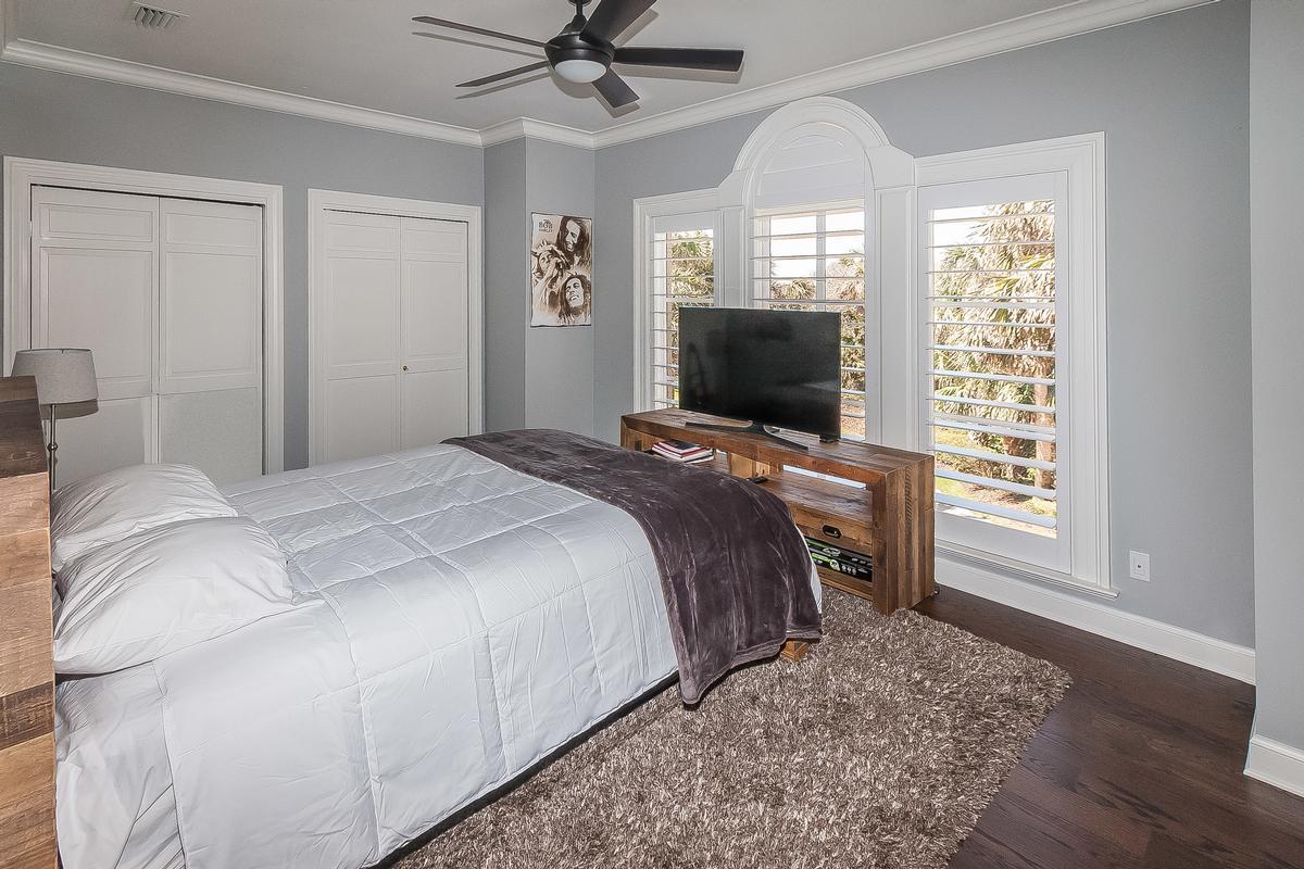 Timelessly elegant oceanfront estate luxury real estate