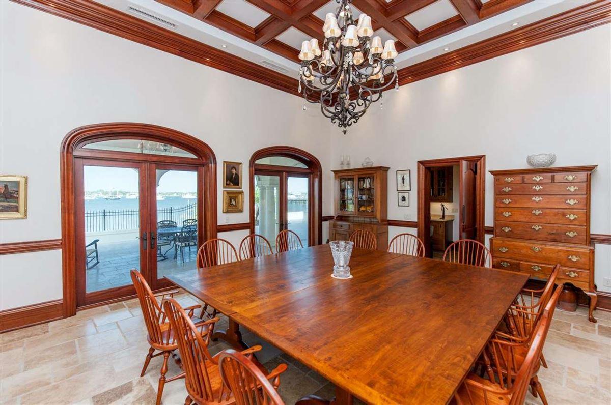 YOUR PRIVATE VILLA  luxury real estate
