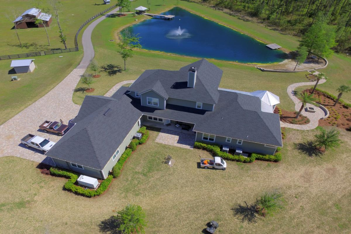 Luxury properties luxury in the country