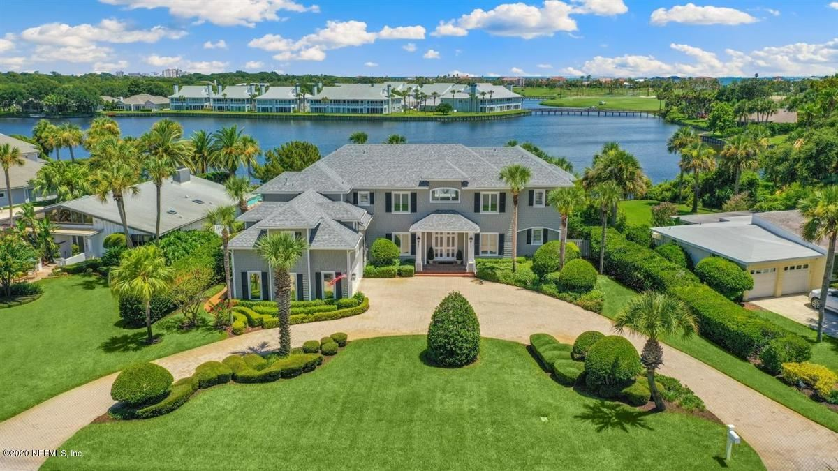 Coastal Cottage meets Southern Splendor mansions