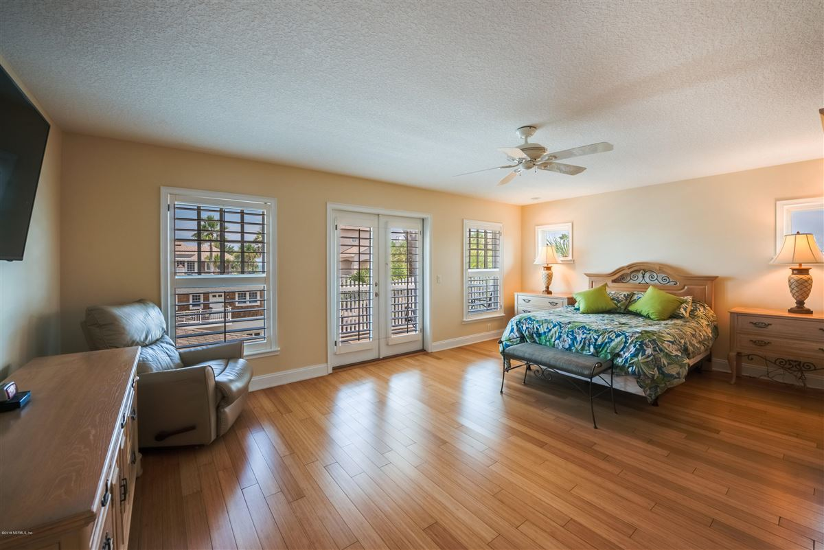 Luxury properties Atlantic Beach charm with newer amenities