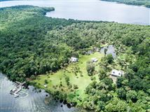 Luxury properties Have your own kingdom on a private island