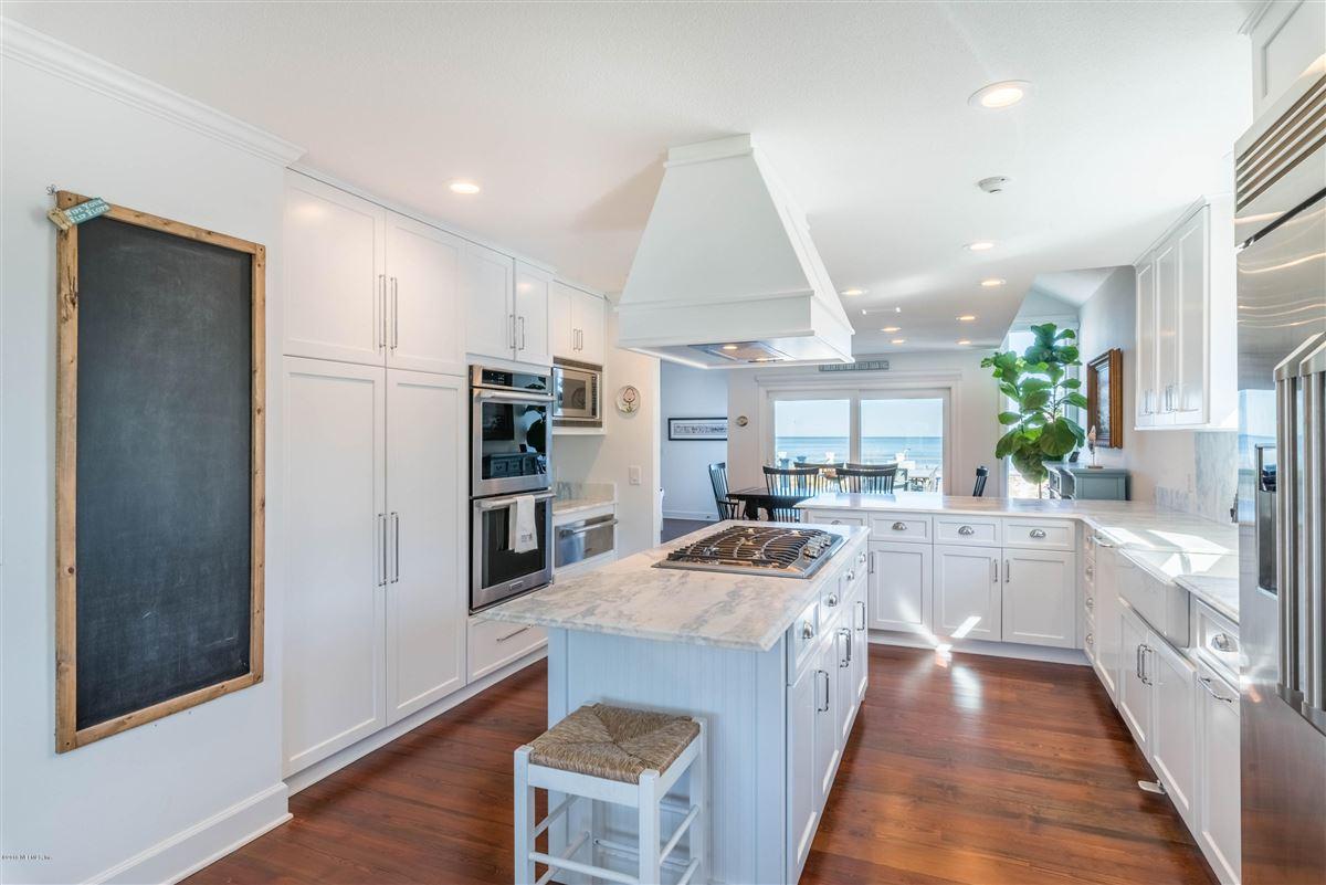 Mansions Cedar shake coastal oceanfront home