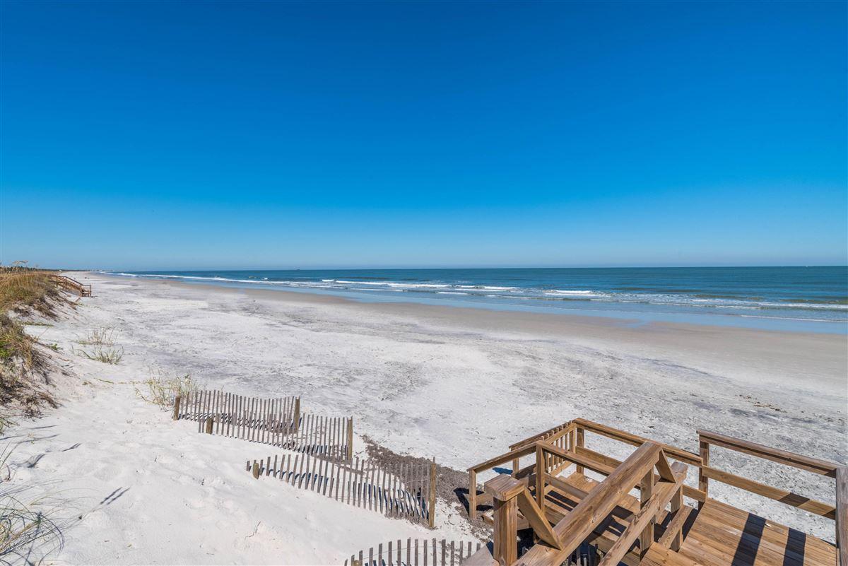 Cedar shake coastal oceanfront home  mansions