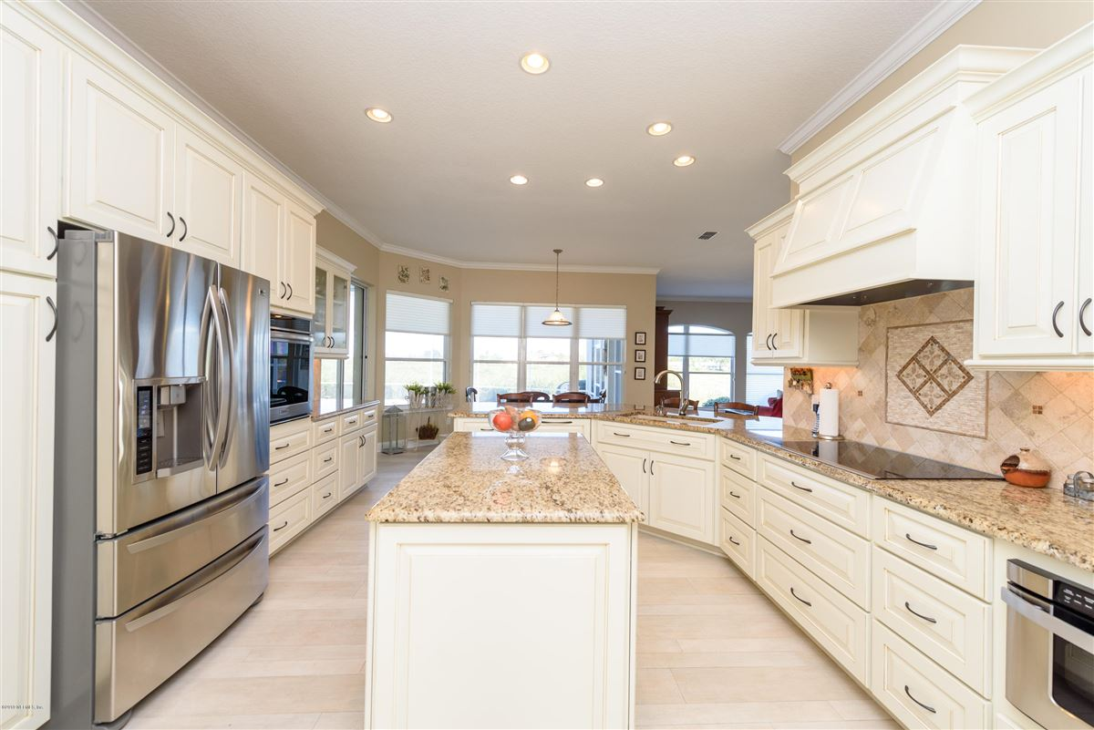 Luxury homes open layout with magnificent intracoastal views