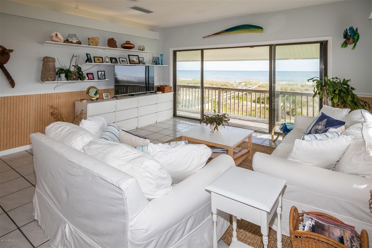 Spacious oceanfront home luxury real estate