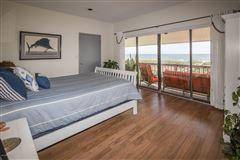 Luxury properties Spacious oceanfront home