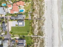 Spacious oceanfront home luxury properties