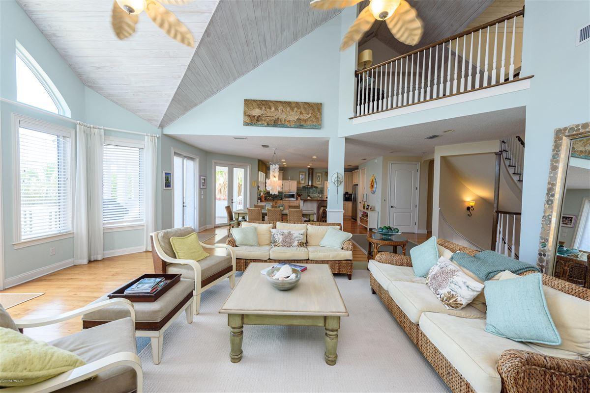 Luxury homes elegant ocean view home in sea colony