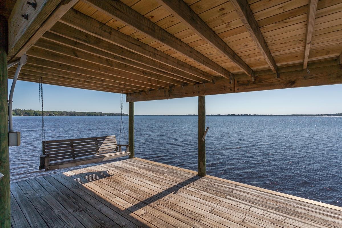 classic waterfront estate luxury properties