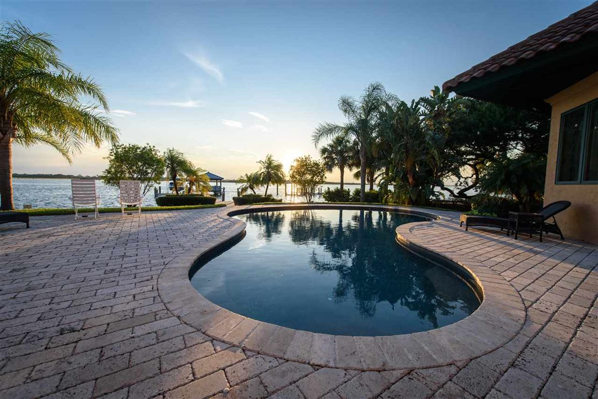 A Boaters paradise luxury homes