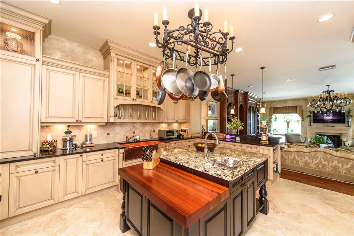 Luxury real estate A Boaters paradise
