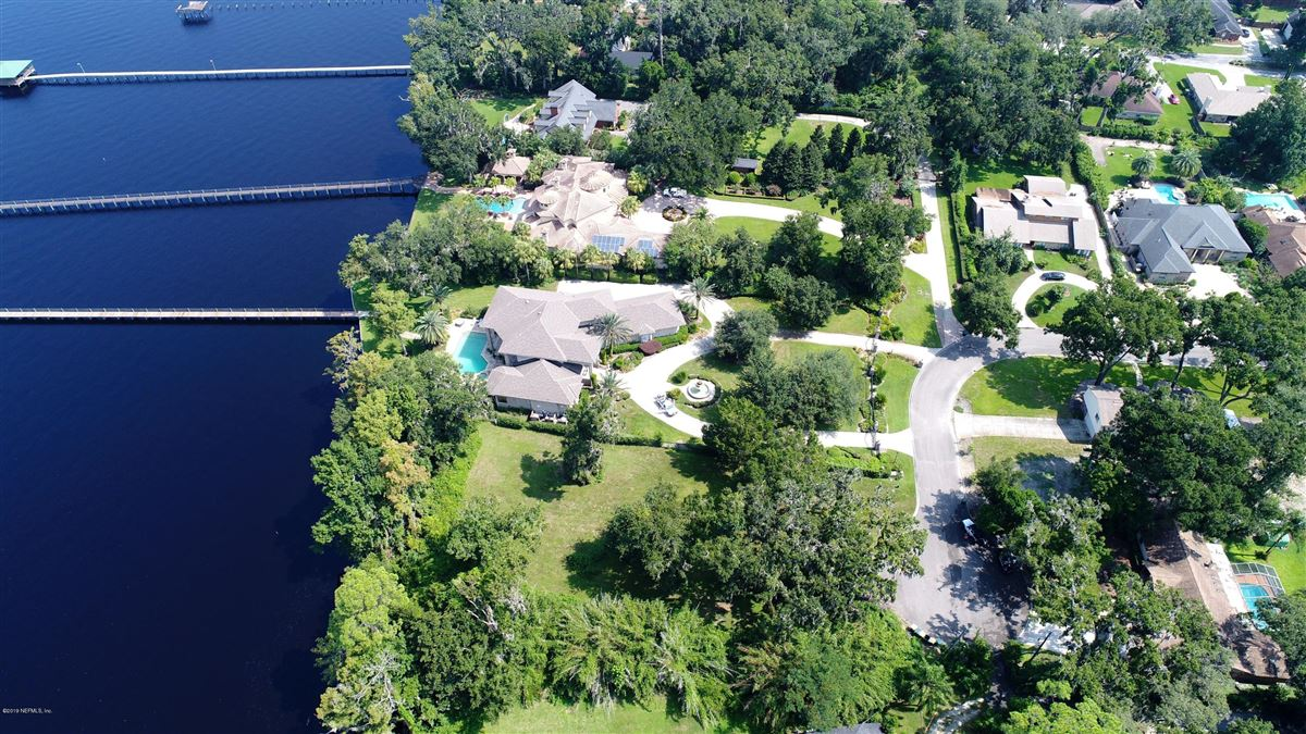 Beautiful energy efficient home on amazing riverfront lot mansions
