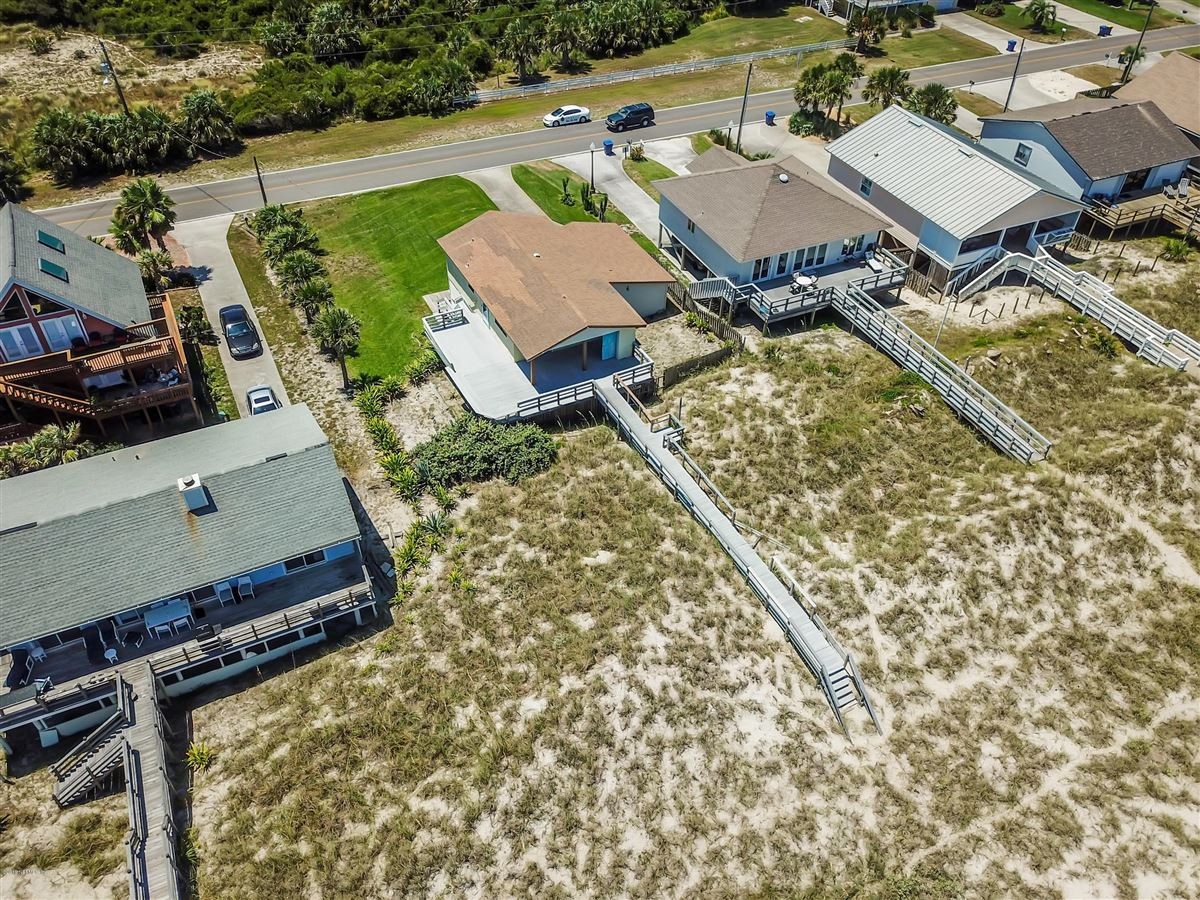 Luxury homes LARGE OCEANFRONT LOT