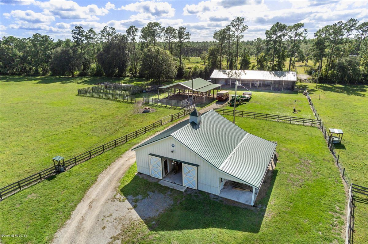 Mansions Ranch living at its finest on 55 acres