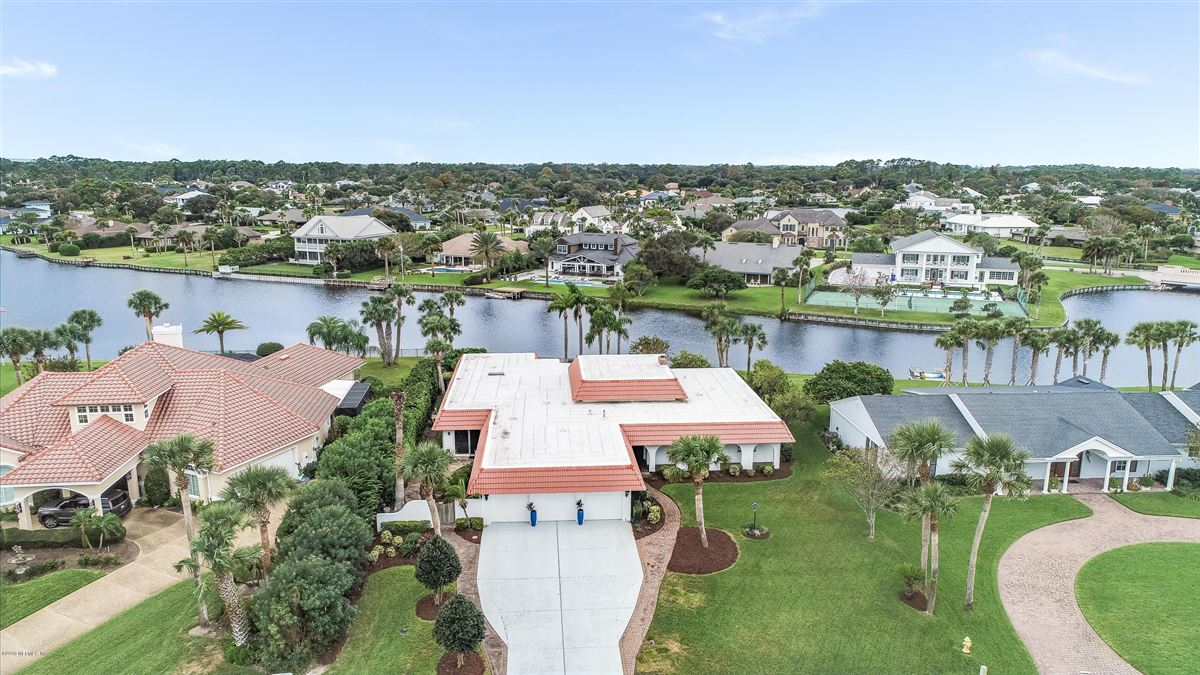 spectacular home in old Ponte Vedra Beach luxury real estate