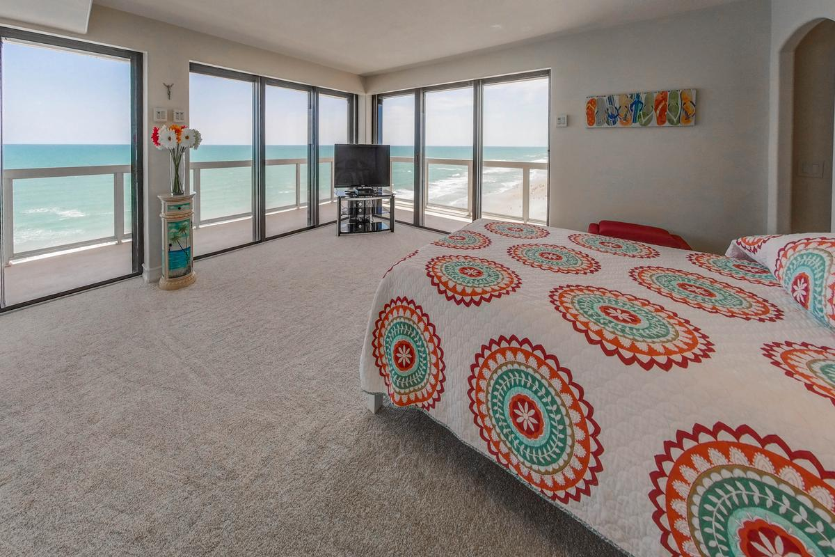 Luxury homes in Stunning 360° Daytona Beach and ocean views
