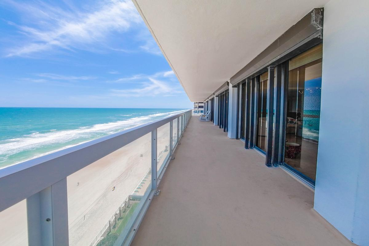 Stunning 360° Daytona Beach and ocean views luxury homes