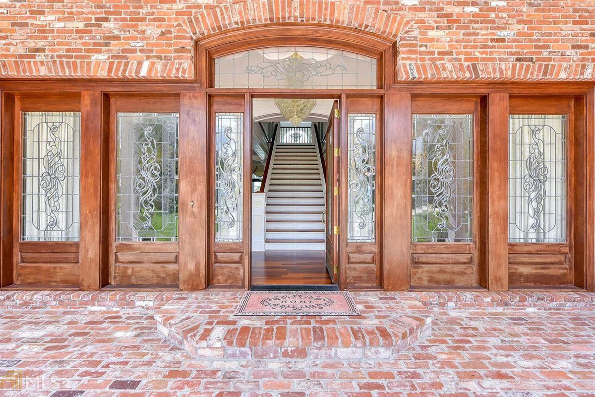 Luxury properties Majestic Waterfront Estate in St. Marys, GA