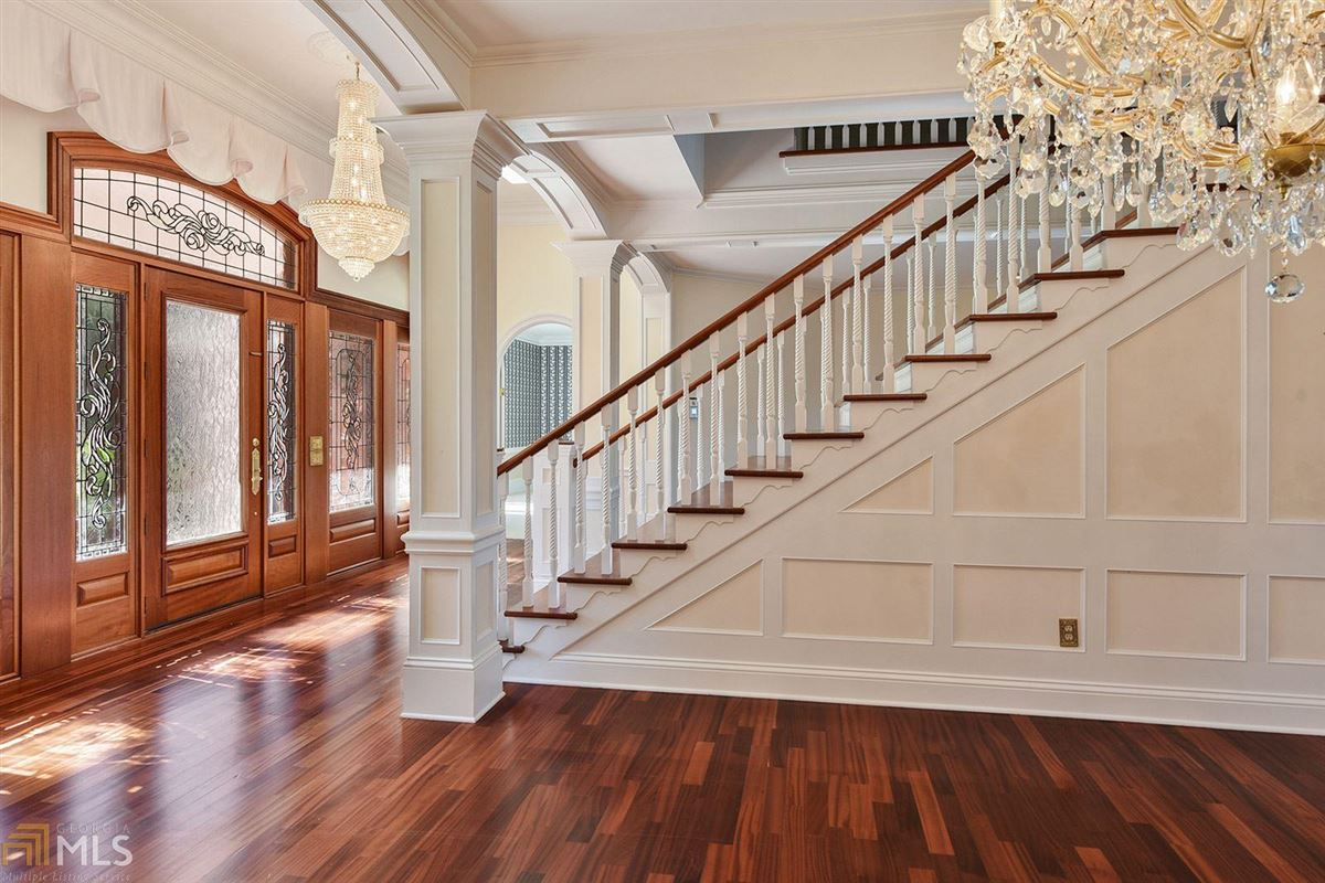Majestic Waterfront Estate in St. Marys, GA mansions