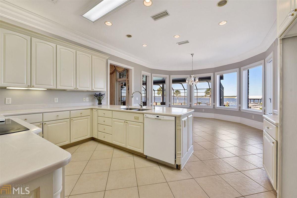 Luxury homes Majestic Waterfront Estate in St. Marys, GA