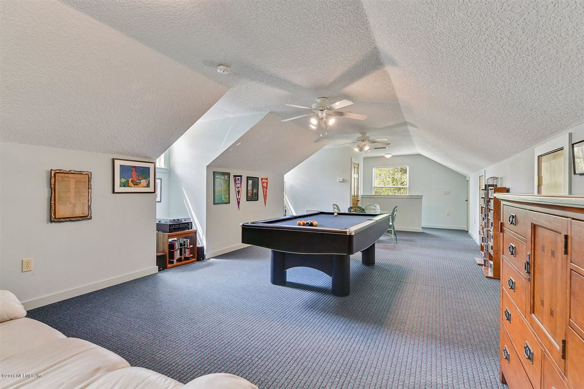 custom estate home in Whitelock Farms luxury homes