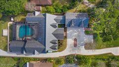 Luxury homes Breathtaking riverfront estate