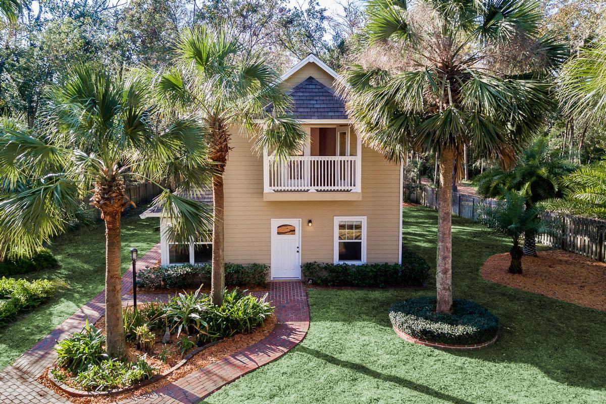 beautiful riverfront property in orange park luxury properties