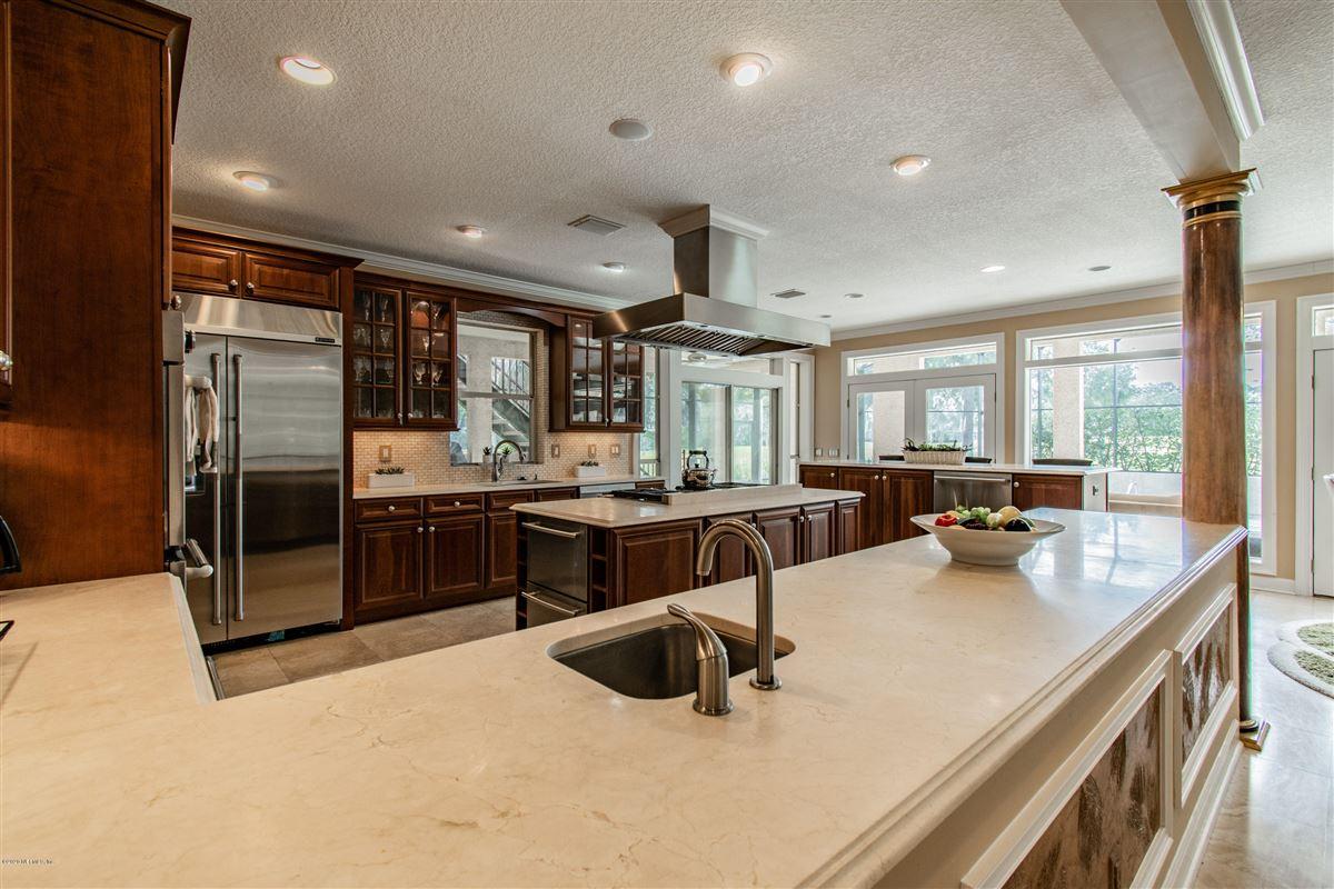 Luxury homes beautiful home in prestigious Marsh Landing