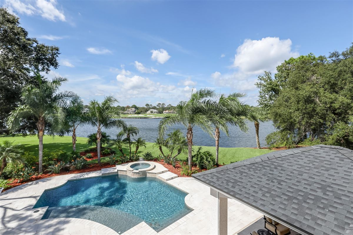 Luxury real estate Welcome home to this spectacular lake-front home