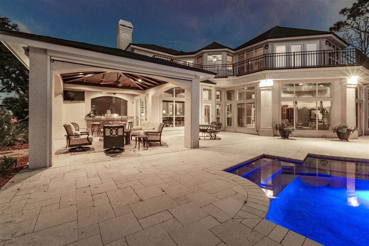 Mansions Welcome home to this spectacular lake-front home