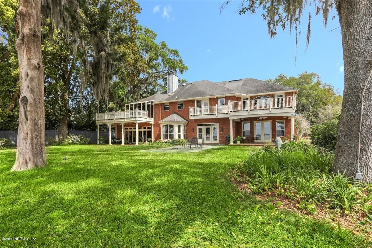 Luxury properties Brick riverfront mansion on bluff overlooking St Johns River