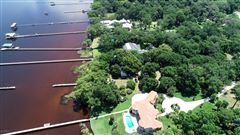 Luxury homes in historic riverfront property in jacksonville