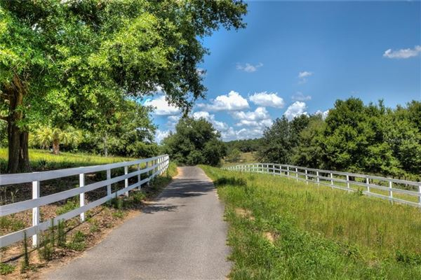 special 70-acre property luxury homes
