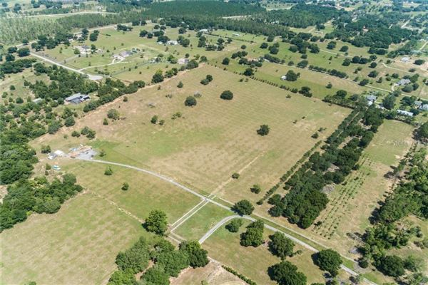 Mansions special 70-acre property