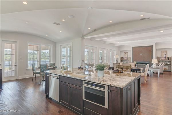 Luxury homes in build a new waterfront home