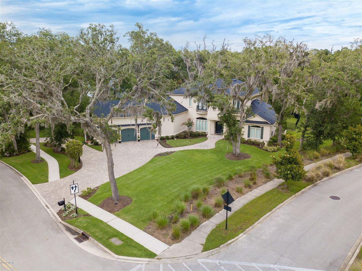 Luxurious estate home on a private preserve lot mansions