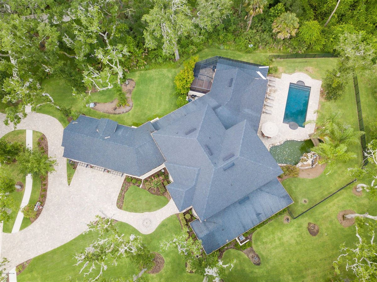Luxury homes Luxurious estate home on a private preserve lot