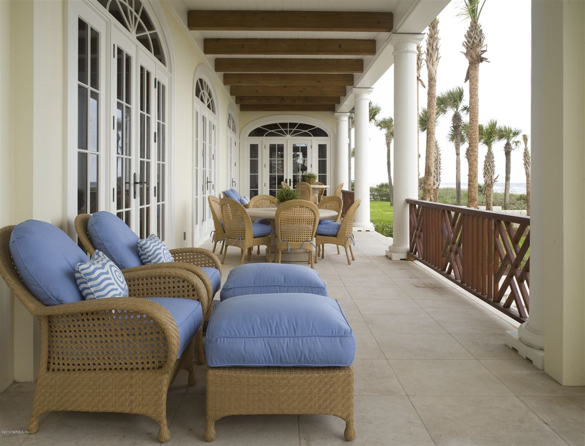 a spectacular Anglo-Caribbean inspired home luxury homes