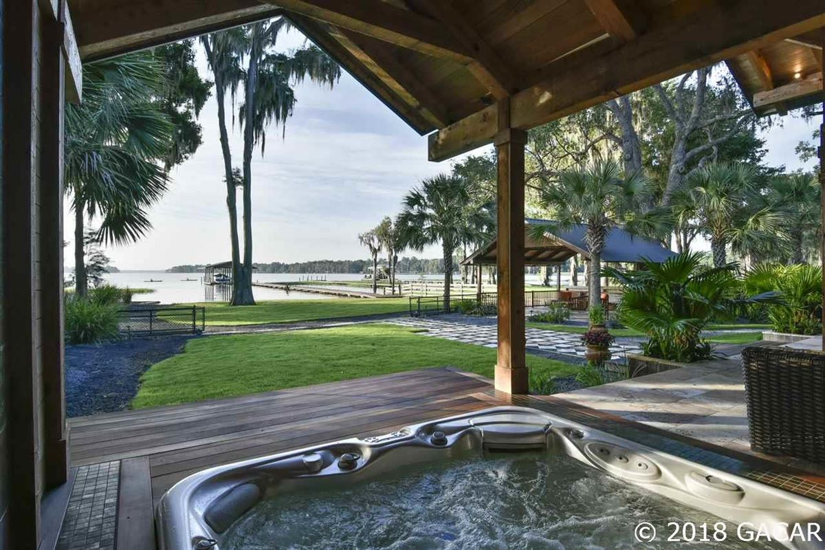 tropical lakefront resort luxury homes