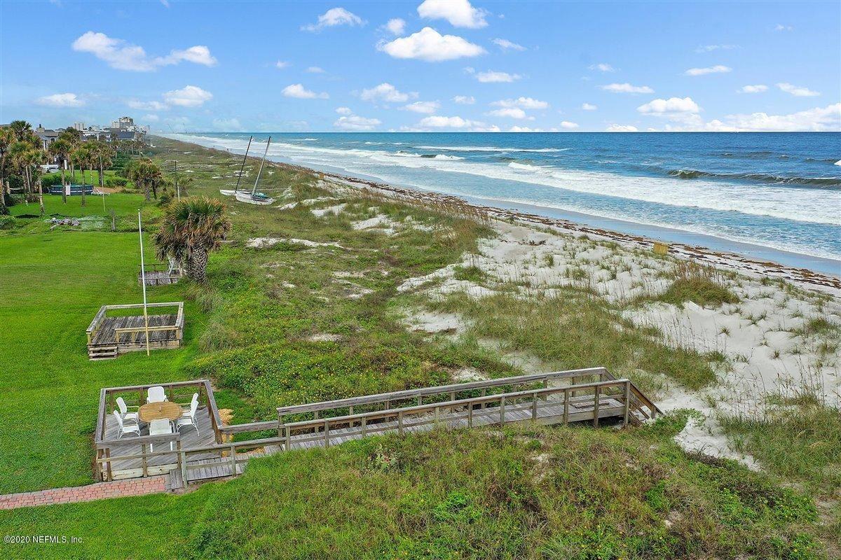 quaint oceanfront cottage luxury homes